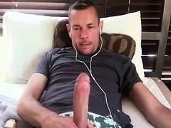 Hot Popper Daddy Jerks Off