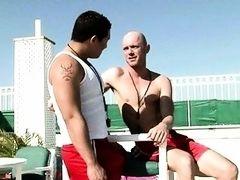 Bald guy sucking one strong dick with pleasure